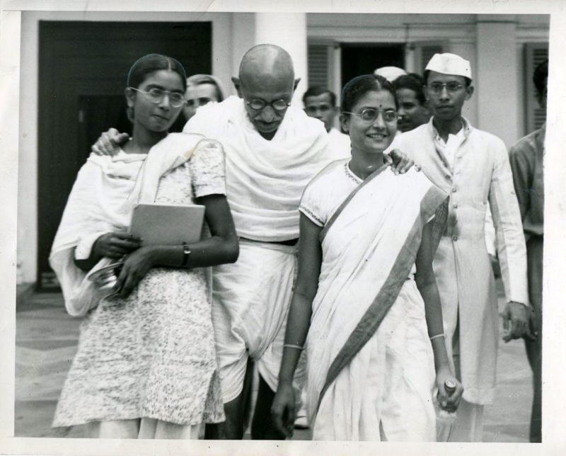 mahatma gandhi louis fisher history