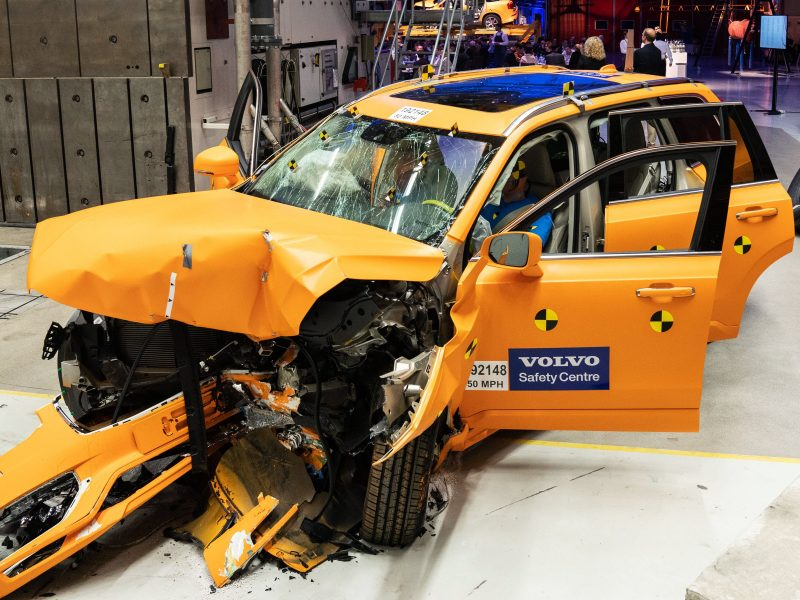 Volvo Accident Crash Test Safety NCAP Recycling