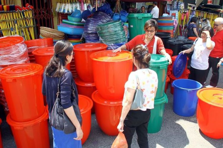 pail water shortage ration prepping