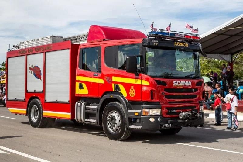Fire Rescue Truck Bomba Scania