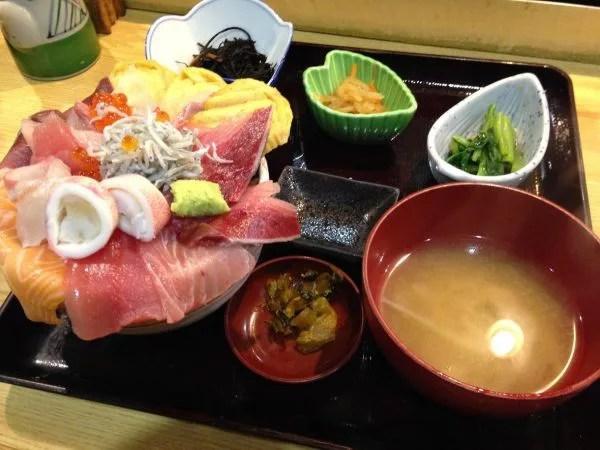 大阪超大盛りデカ盛りグルメ⑥日本料理 ゆげしまの多過ぎるランチ