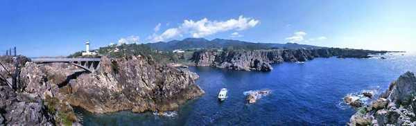 佐渡島観光スポット⑦断崖絶壁の海上景勝地!尖閣湾 揚島遊園