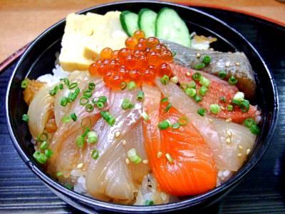 宮城名物&グルメ⑤魚介類をあれこれぜいたくに!仙台づけ丼