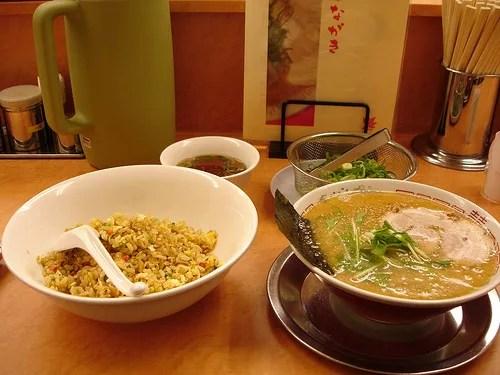 おすすめランキング⑦ラーメン京都てんぐ〜和風出汁の京風とんこつ
