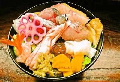 能登丼ランキング②能登の恵み満載!輪島あえの風丼