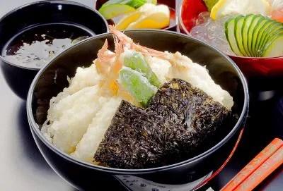 能登丼ランキング⑧地元の味!シシッポ丼