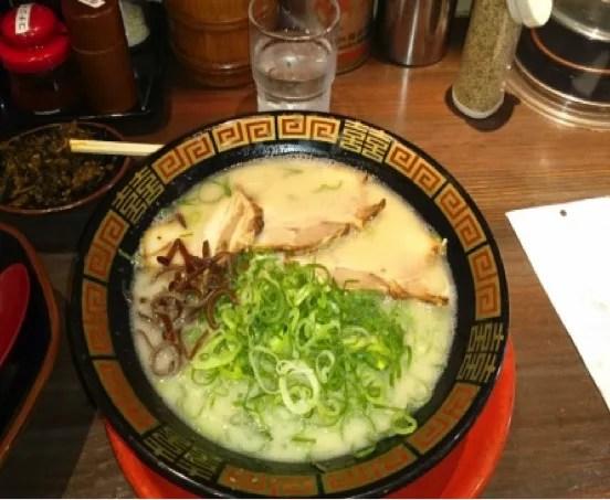 和歌山おすすめラーメンランキング⑩超オーソドックスなとんこつラーメンが食べたいならココ「長浜ラーメン」2