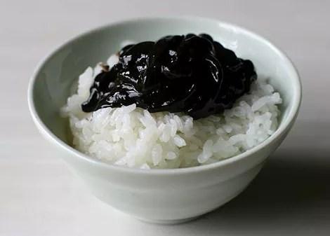 富山県のお土産⑥見た目はちょっと…でも味は最高『イカの黒作り』