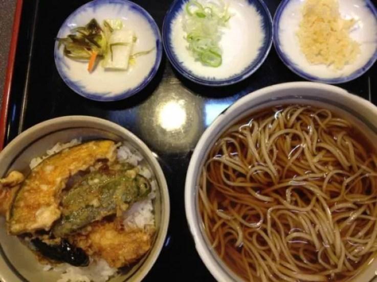 函館グルメランキング4.本格派手打ち蕎麦「起進堂」