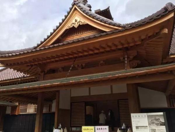 函館観光スポットランキング⑧血と汗ほとばしる?!「五稜郭公園」
