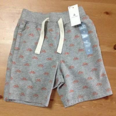沖縄旅行の服装⑧動きやすさと涼しさを求めるなら、半ズボン