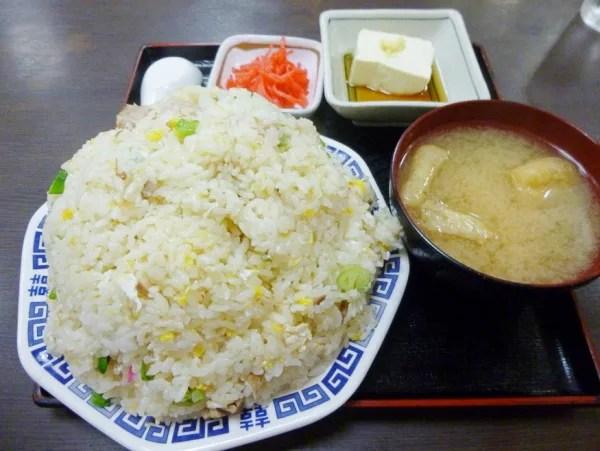 仙台超大盛りデカ盛り⑧ご飯多すぎ!庶民の町の食堂「久美食堂本店」