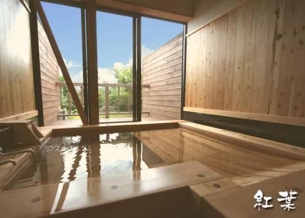 湯布院家族風呂ランキング⑥塚原の大自然が見える!奥湯布院温泉