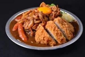 岐阜県大盛りデカ盛りグルメ③具だくさんのおすすめガッツリカレー!ジャンクカレー