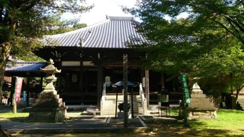 愛知県犬山の神社ランキング⑦犬山の街から近いのに、秘境感が抜群です「寂光院」