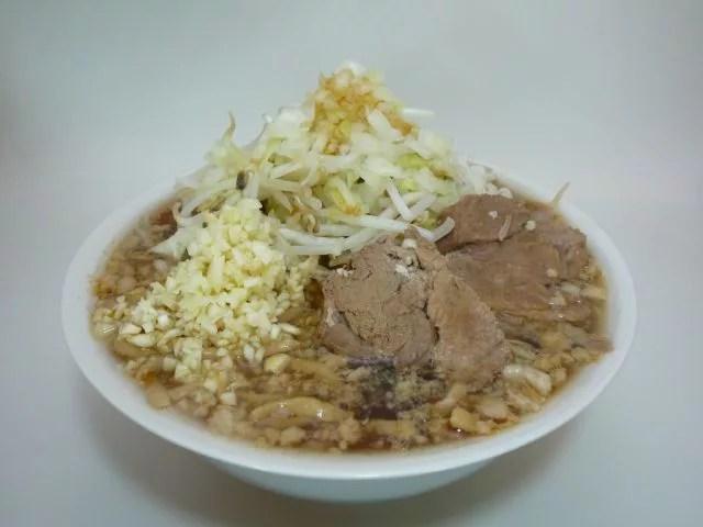 青森県の超大盛りデカ盛りグルメ⑤大盛りが人気の二郎系ラーメン「拉麺一文路」