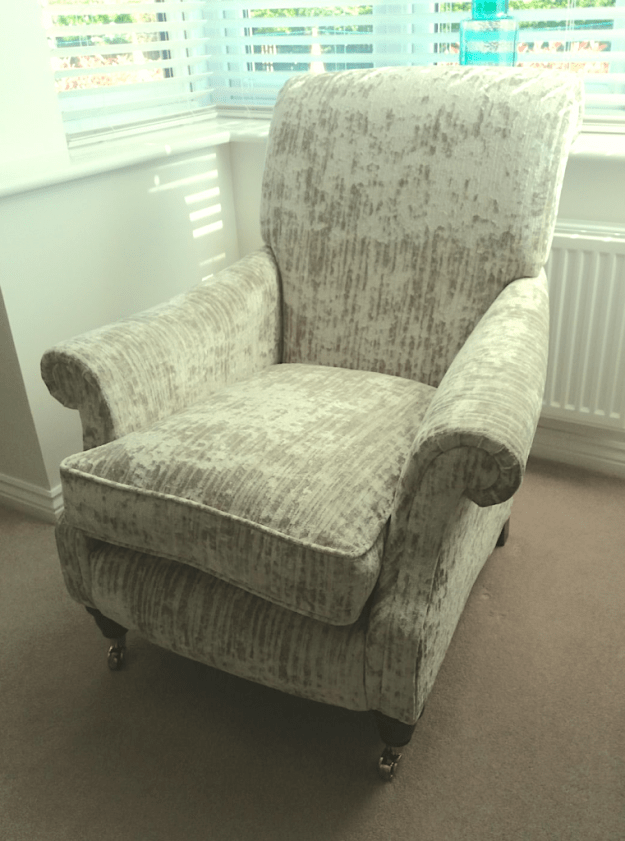 Chair in Ross - bark type fabric