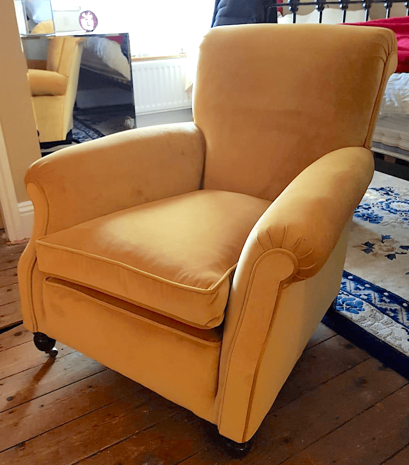 Victorian-Chair-in-Gold-Velvet