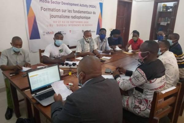 BUKAVU : Internews forme 12 journalistes sur l'écriture radiophonique et montage audio.