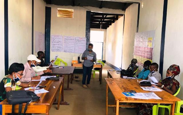 Sud Kivu : AFEM forme 20 jeunes d'uvira et kalehe sur communication et  production de vraies émissions sur la pandémie à corona virus.