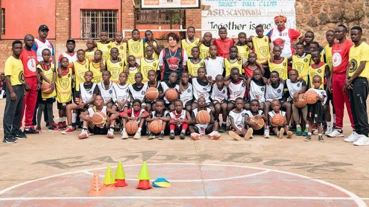 Sport de la semaine du 1-7 février 2021 au sud-kivu : EbabukUne femme élue à  la tête  de l'entente, reprise de volleyball au cercle de labotte ainsi que la poursuite de linafoot division II.