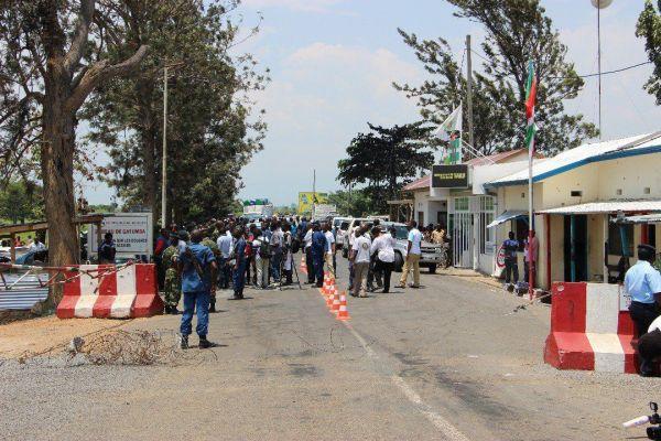 Sud-kivu/uvira : De petits commerçants sommés à payer plus de la moitié de leur capital pour test covid-19 à Gatumba.