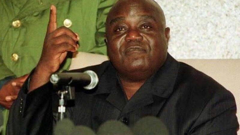 Etat de siège en RDC : M'ZEE LAURENT-DÉSIRE KABILA avait aussi procédé comme Felix TSHISEKEDI en 1999.