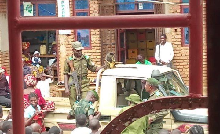 Sud-Kivu/Kalehe : Trois éléments FARDC qui allaient toucher leur salaire arrêtés par des mai – mai KIRIKICHO MWANA MAY.