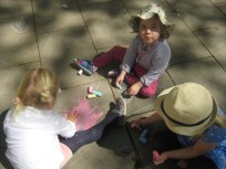 Nora, Eva and Emma and some chalk.