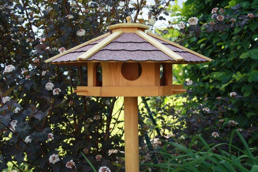 vogelhaus piepmatz vogelvilla futterhaus vogelh uschen mit st nder vogelhaus rc. Black Bedroom Furniture Sets. Home Design Ideas