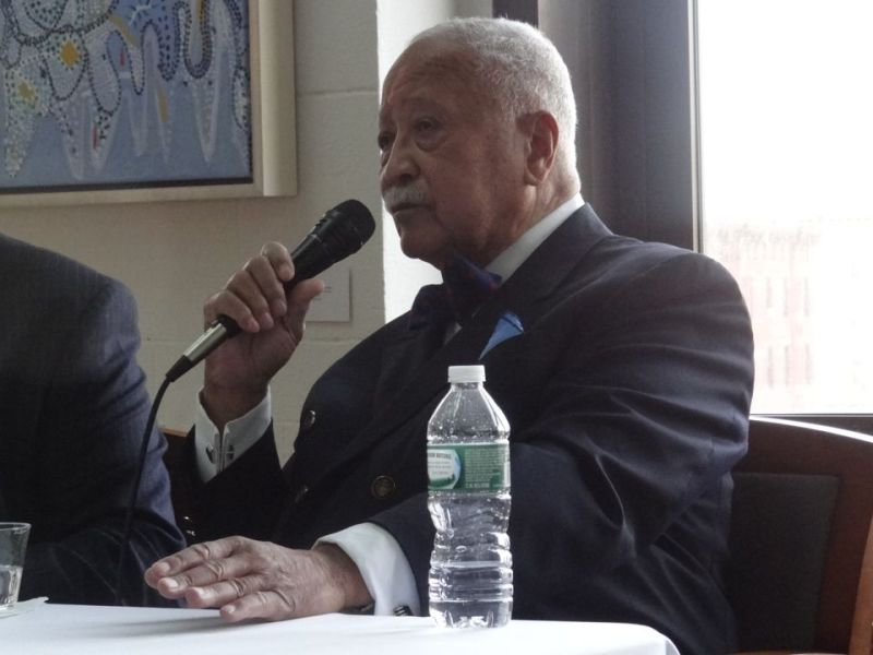 """Mayor David Dinkins at a book signing at the Skylight Gallery in Bed-Stuy for his memoirs, """"A Mayor's Life"""""""