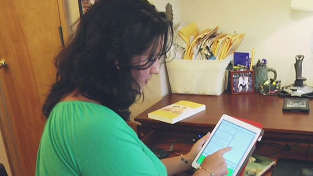 Pregnancy Apps Offer Tips To Expecting Mothers