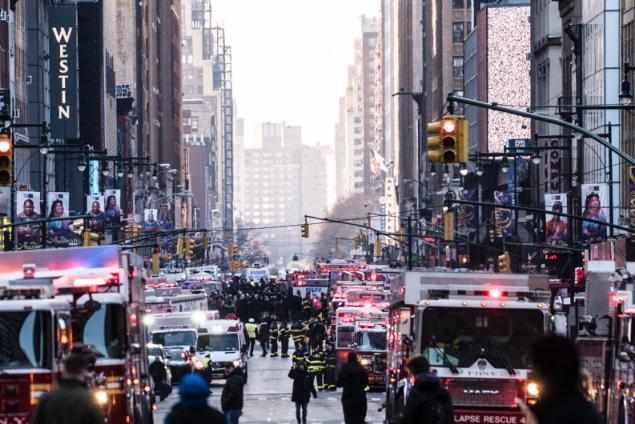 A Brooklyn resident of Bangladeshi origin is the suspect of an attempted terrorist attack at Port Authorityon Monday morning.