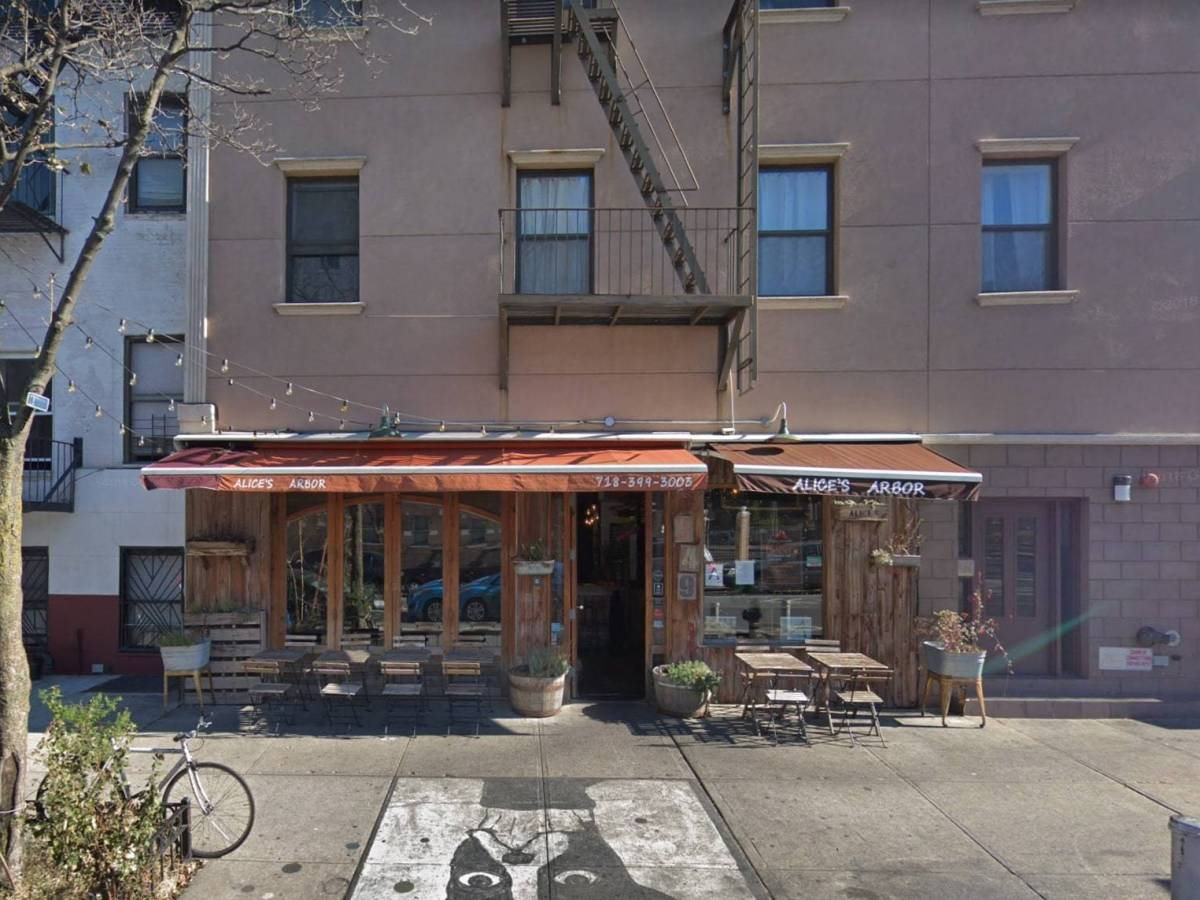The team behind Bed-Stuy's Hart's plans to open a new 70-seat bar specializing in natural wines and rotisserie chicken next month