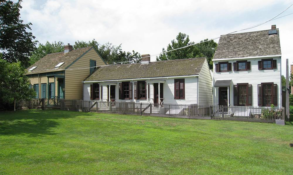 Weeksville Heritage Center, Hunterfly Road Houses