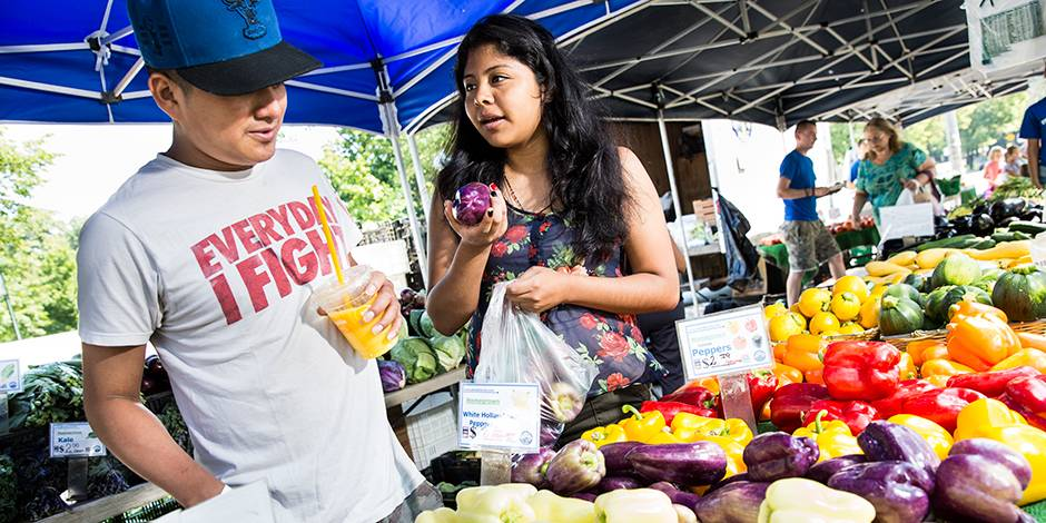 Farmer's markets will set up shop every Wednesday at Kings County and Woodhull Hospitals