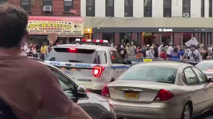 Today In Flatbush, Peaceful Protesters Decide To Smash A Police Car