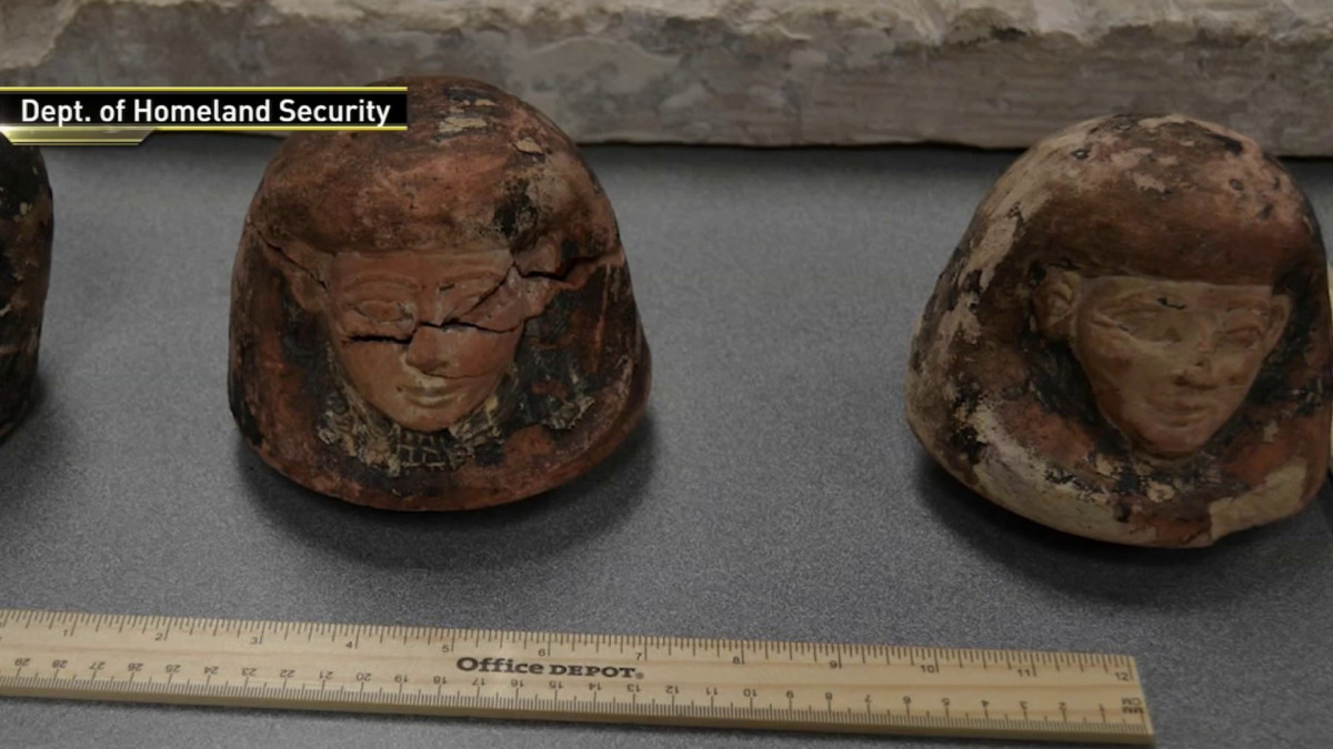 Brooklyn Man Accused of Smuggling Egyptian Artifacts Through JFK