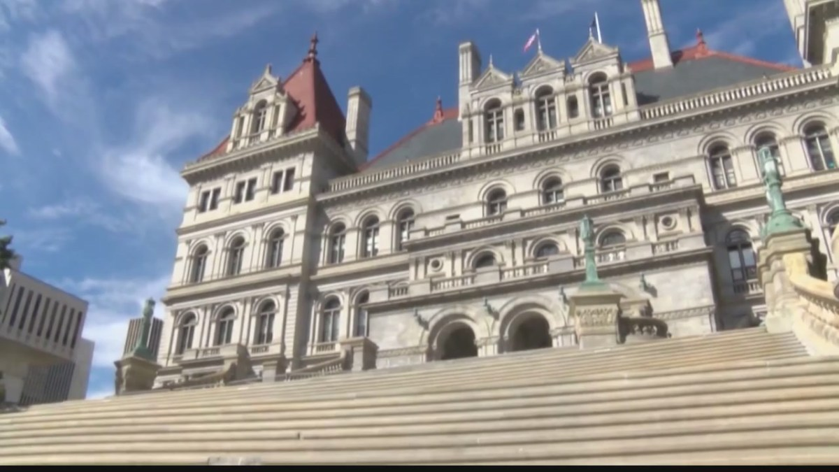 New York state senator tests positive for COVID-19