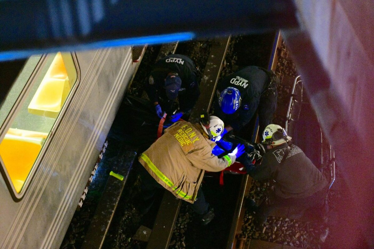 Man fatally struck by train at Cortelyou Road Station