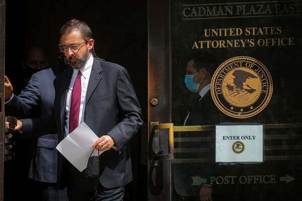 U.S. Attorney Moves in on Brooklyn D.A.'s Territory, Citing Crime Surge