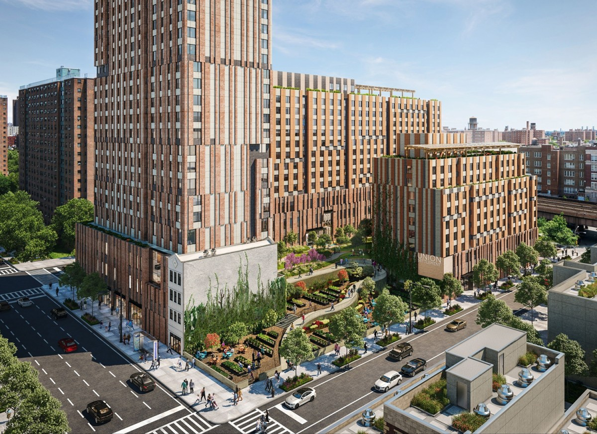 L+M signs historic hiring deal with laborers union