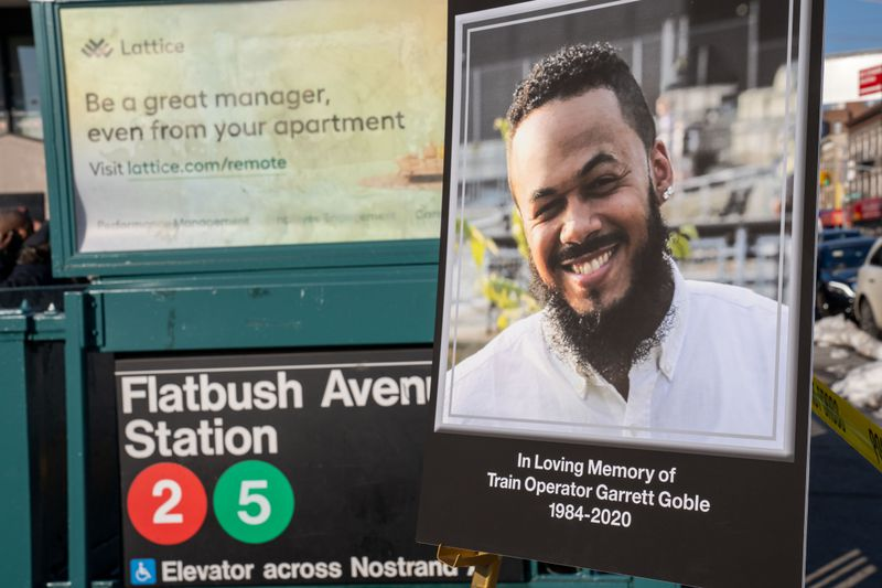 MTA to honor hero subway operator who died saving riders in arson-sparked tunnel fire