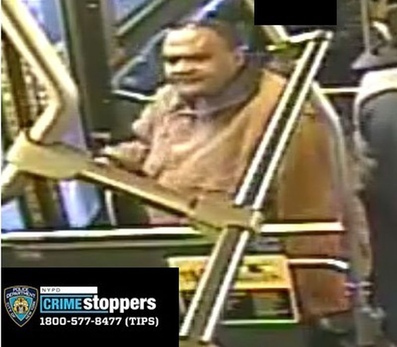 Man stabbed in neck in unprovoked attack on Brooklyn bus