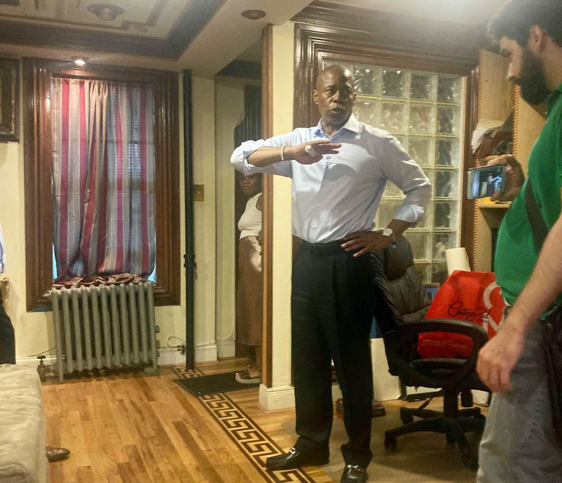 NYC mayoral candidate Eric Adams considers living in Bedstuy and Gracie Manson if elected: 'I love Brooklyn'