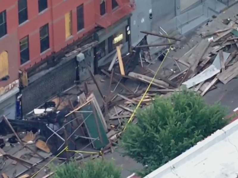 Car slams into scaffolding in Bed-Stuy: NYPD