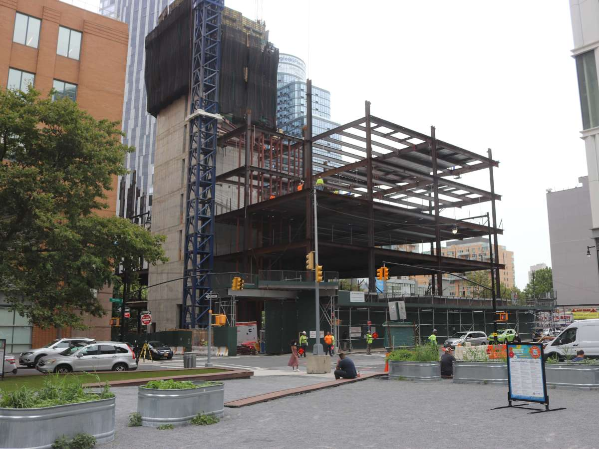 Building Starting to Rise on Prominent Site of Former Printing Plant in Downtown Brooklyn
