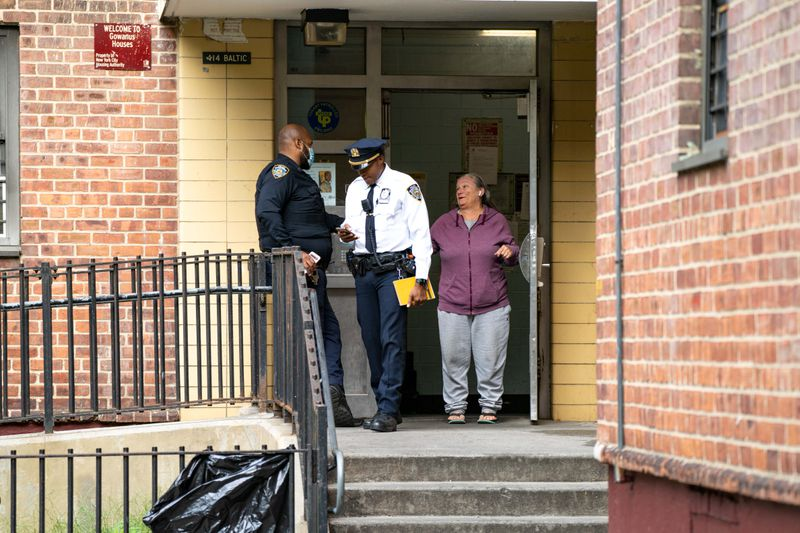 NYPD suspects murder in death of month-old Brooklyn baby