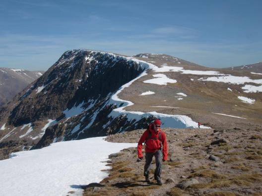 Climbing on Cairn Toul towards Braeriach in the Cairngorms. (Peter Evans)