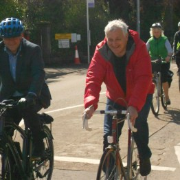 Drew Hendry and John Finnie lead the cyclists on the POP Inverness ride